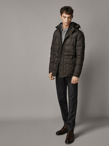 HOODED THREE-QUARTER-LENGTH DOWN COAT