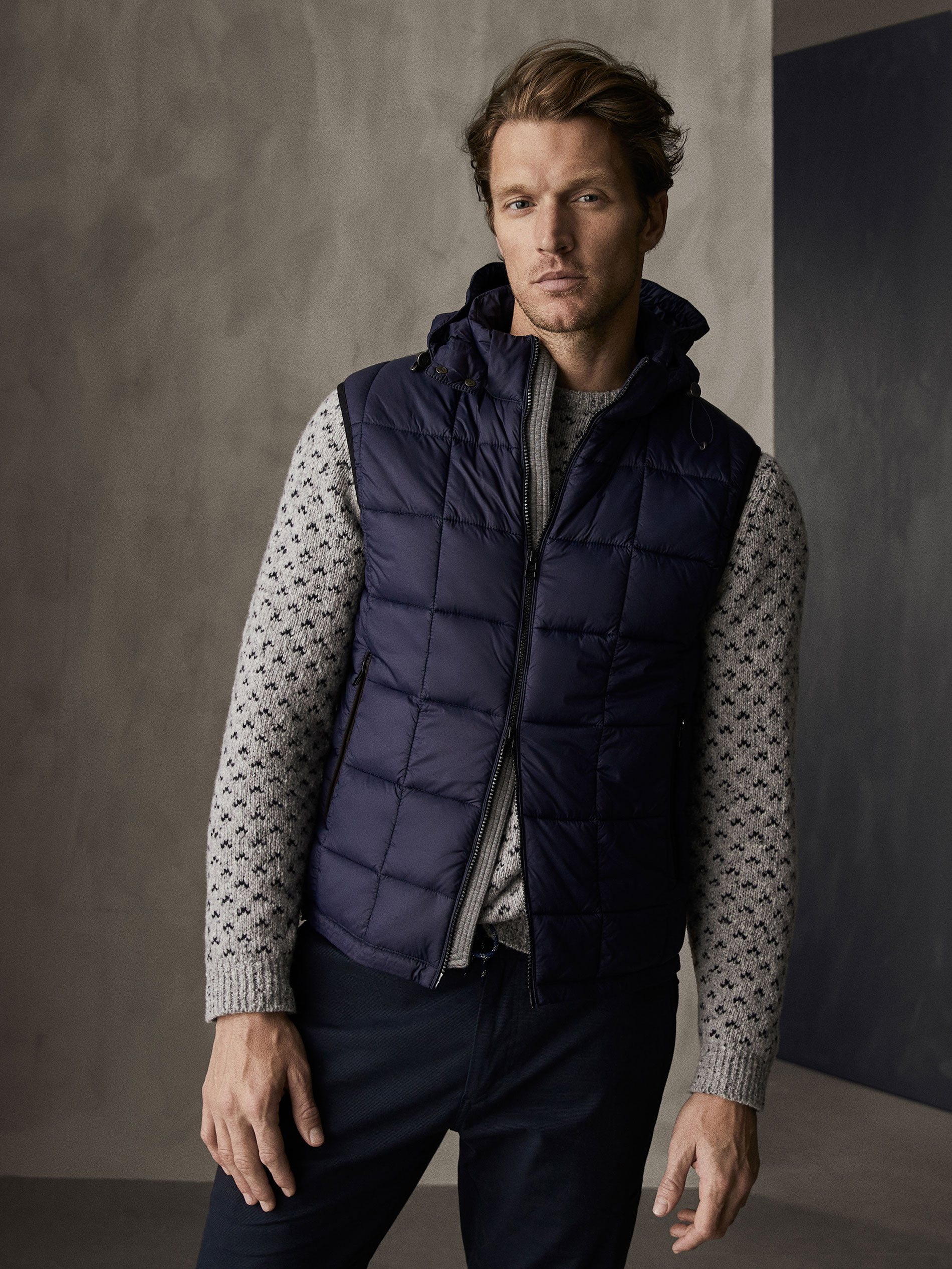 Massimo Dutti WINTER CAPSULE QUILTED GILET WITH CONTRAST SEAMS at ... 6d0cf1adbf5
