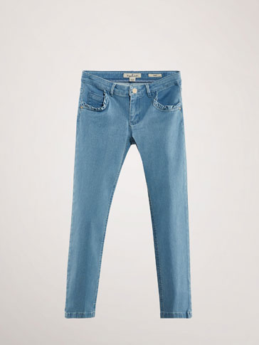 SLIM-FIT-JEANS MIT VOLANT