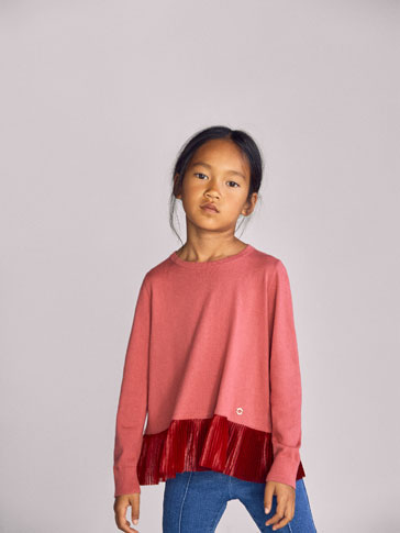 SWEATER WITH PLEATED HEM