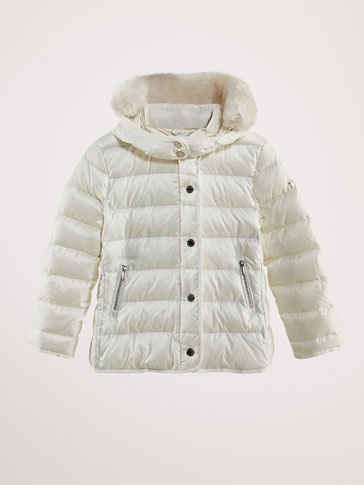 DOWN JACKET WITH REMOVABLE DETAIL