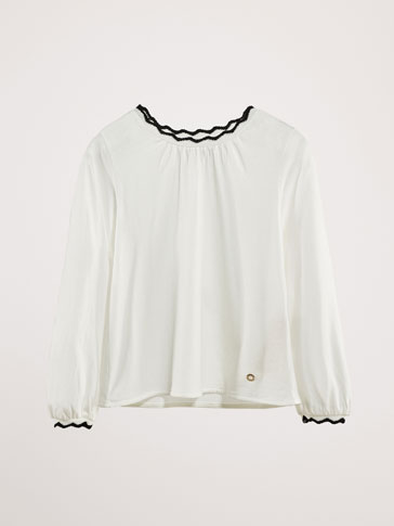 COTTON T-SHIRT WITH CONTRAST SCALLOPED TRIMS