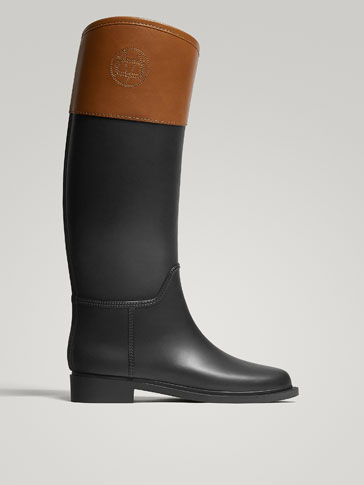 BLACK WELLIES