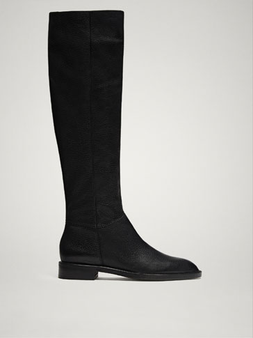 FLAT BLACK LEATHER BOOTS