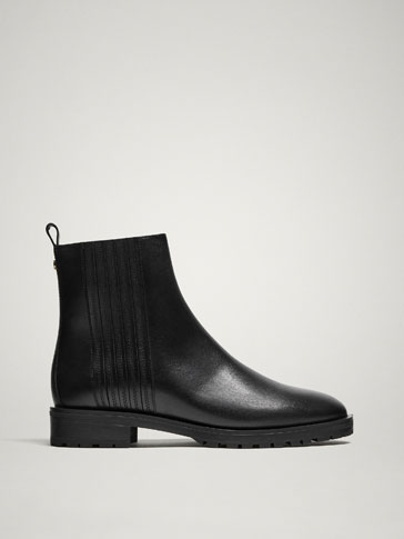 LINED BLACK LEATHER ANKLE BOOTS