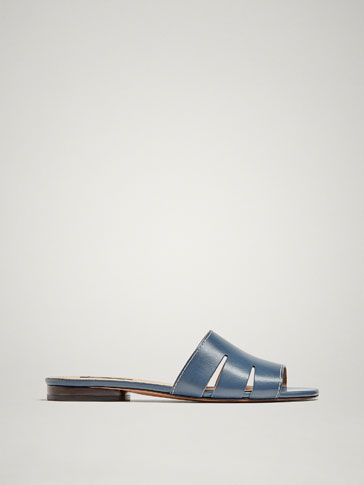 BLUE FLAT LEATHER SANDALS