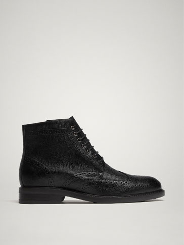 BLACK TUMBLED LEATHER BOOTS
