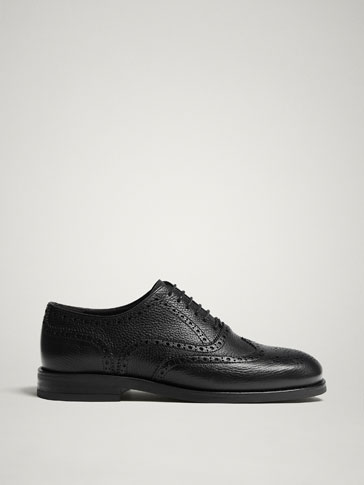 Black Leather Oxford Shoes by Massimo Dutti