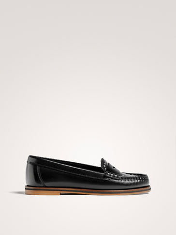 STUDDED BLACK LEATHER LOAFERS