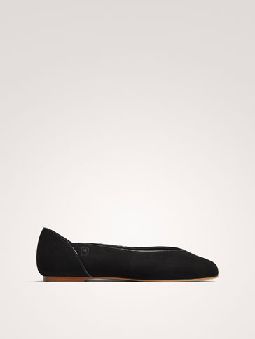 BLACK LEATHER PIPED BALLERINAS