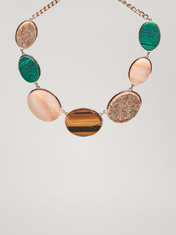 SHORT NECKLACE WITH SEMI-PRECIOUS STONES
