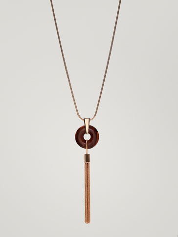 NECKLACE WITH STONE AND METAL TASSEL DETAIL
