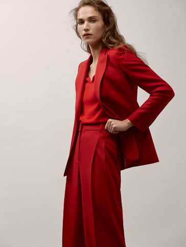 CROPPED FIT RED WOOL SUIT TROUSERS WITH DARTS DETAIL