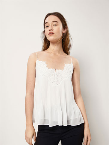 PLEATED TOP WITH LACE TRIM DETAIL