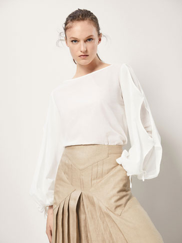 COTTON/LINEN BLOUSE WITH SLIT DETAILS