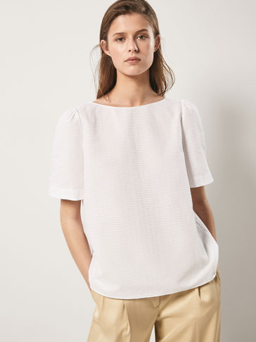TEXTURED WEAVE COTTON TOP WITH BOW DETAIL