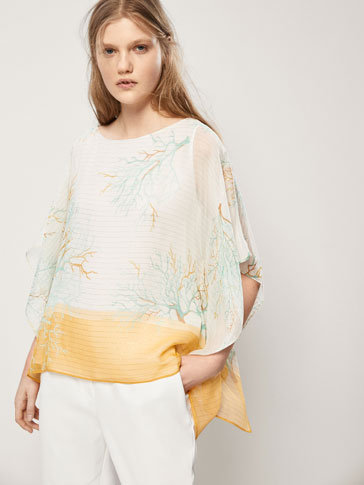CAPE-STYLE SILK TOP WITH A CORAL PRINT