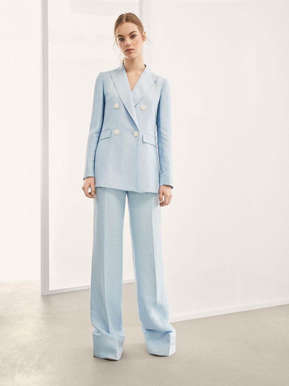 Traje de chaqueta azul de Massimo Dutti
