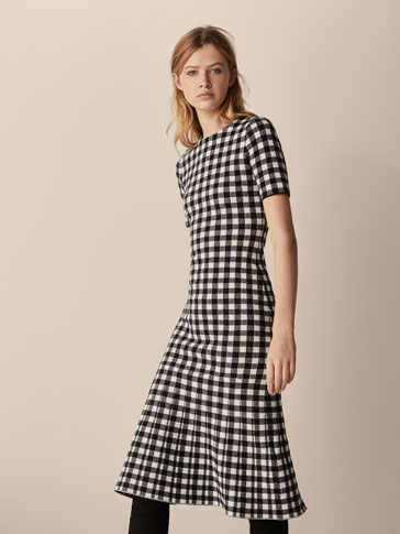 فستان مربعات فيتشي