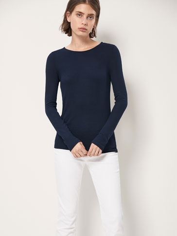 RIBBED T-SHIRT WITH BUTTONS DETAIL