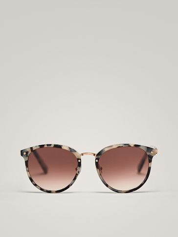 ROUND SUNGLASSES WITH GREY TORTOISESHELL DETAIL