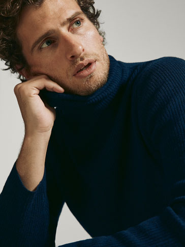 WOOL/SILK RIBBED SWEATER