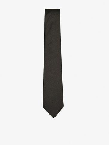 ربطة عنق حريرية ملساء ببتصميم هيكلي