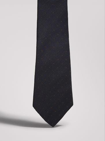 ربطة عنق حرير بهيكل شاش ومرقطة PERSONAL TAILORING
