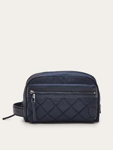 CONTRASTING LEATHER TOILETRY BAG WITH QUILTED DETAIL