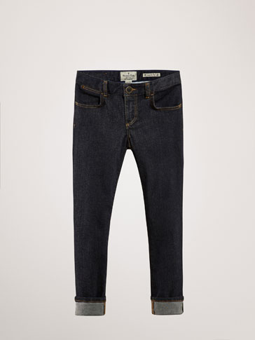 REGULAR FIT JEANS WITH POCKET DETAIL