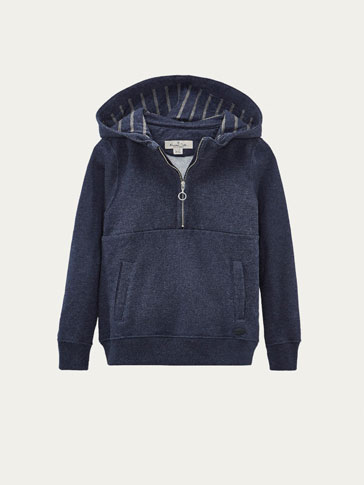 INDIGO SWEATSHIRT WITH CONTRASTING DETAIL