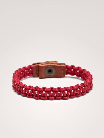 RED LEATHER BRACELET WITH CONTRASTING DETAIL