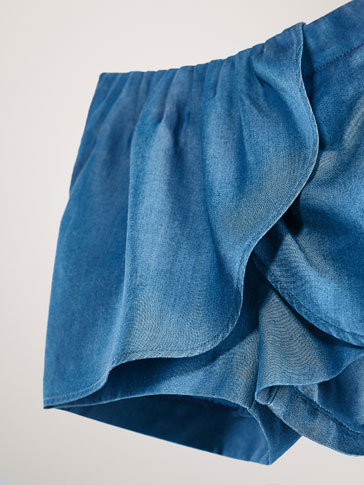 DENIM BERMUDA SHORTS WITH PLEATS