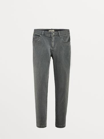 سروال جينز رمادي بزينة مخملية سليم فيت