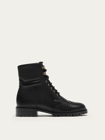 BLACK NAPPA LEATHER ANKLE BOOTS WITH BROGUING