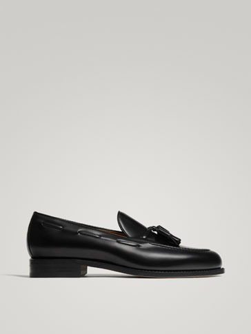BLACK LEATHER GOODYEAR LOAFERS WITH TASSELS