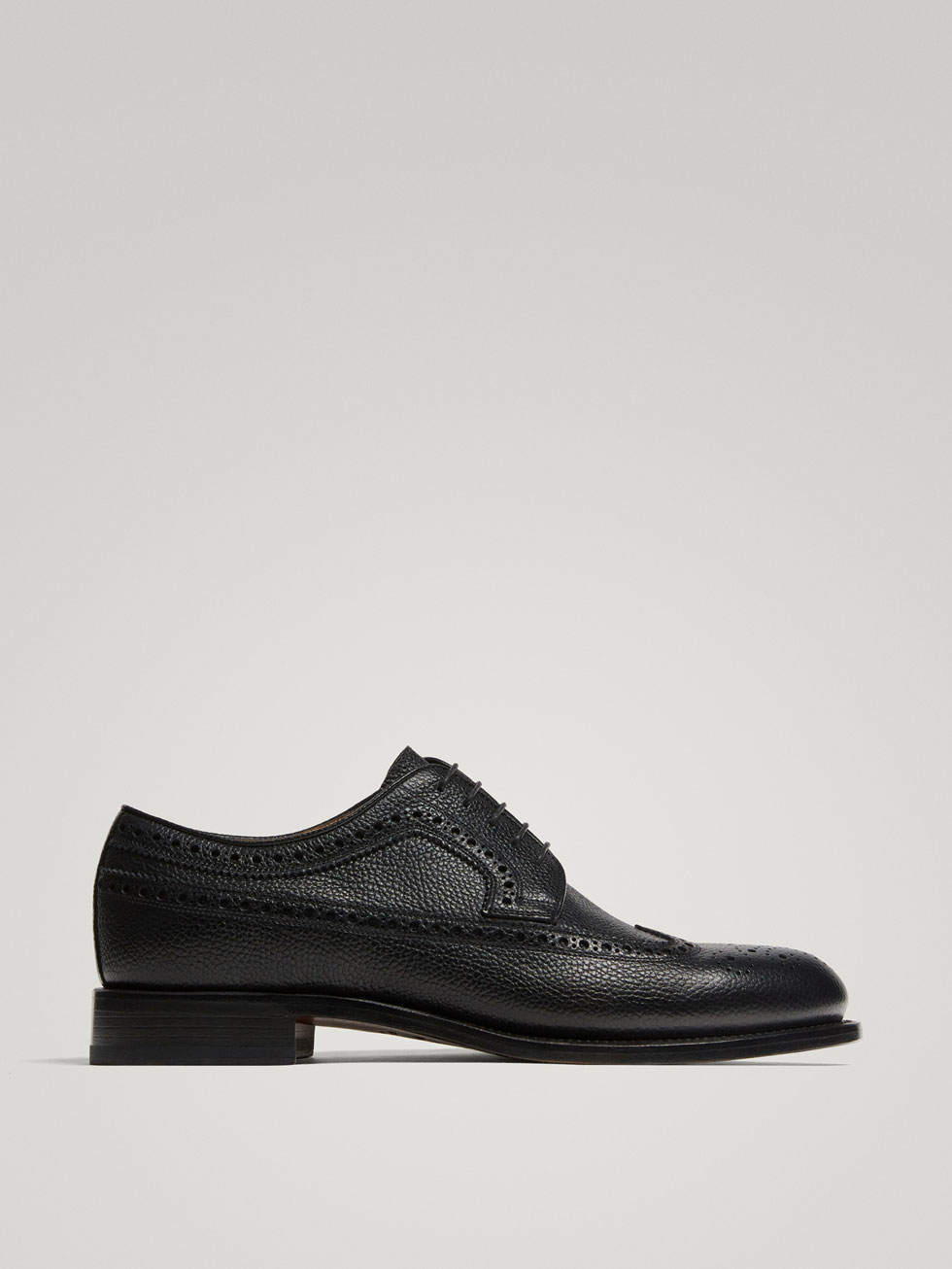 Black Leather Brogues Made In Italy by Massimo Dutti