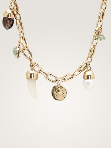 COLLIER COURT AVEC CHARMS