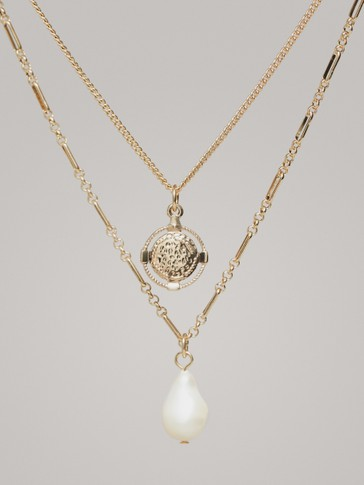 DOUBLE-STRAND CHAIN NECKLACE WITH COIN AND PEARL