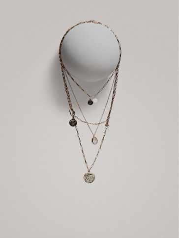 MULTI-CHAIN CHARMS NECKLACE