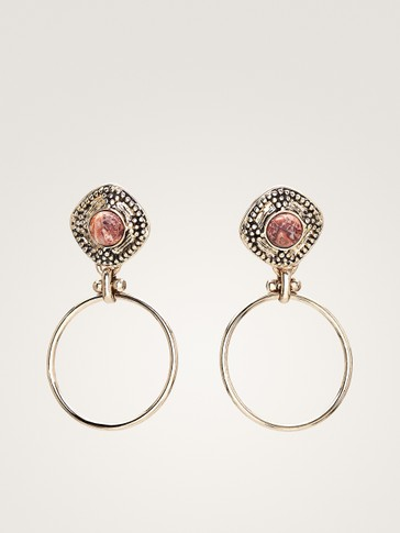 DIAMOND-SHAPED EARRINGS WITH HOOPS