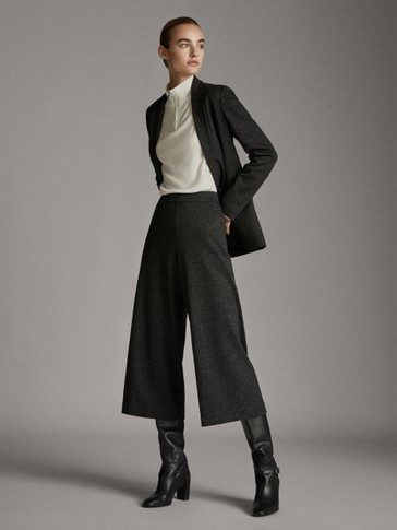 BLACK KNICKERBOCKER YARN EFFECT CULOTTE TROUSERS