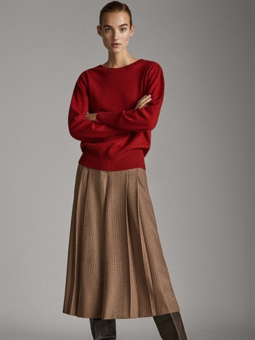 WOOL SWEATER WITH SHOULDER PLEATS