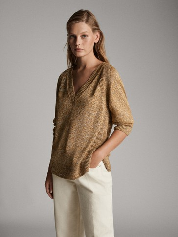 V-NECK SWEATER WITH METALLIC DETAILING