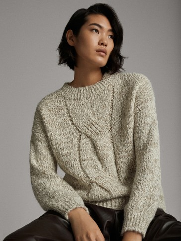 MOULINÉ SWEATER WITH FRONT CABLE-KNIT DETAIL