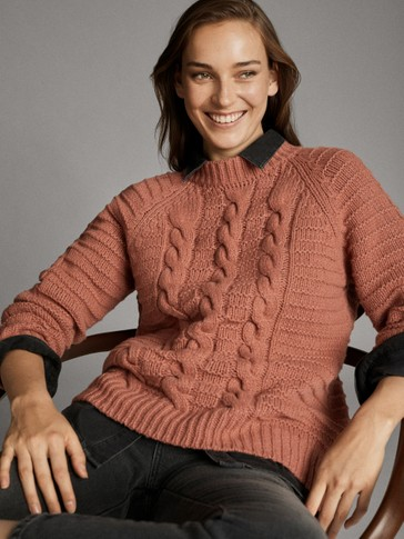 TEXTURED CABLE KNIT WOOL SWEATER
