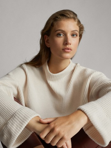 CAPE-STYLE PURL KNIT WOOL SWEATER