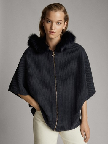 ZIP CAPE WITH FUR HOOD