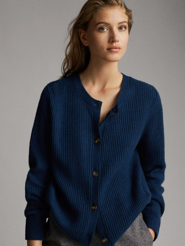 BRIOCHE STITCH BUTTON-UP CARDIGAN