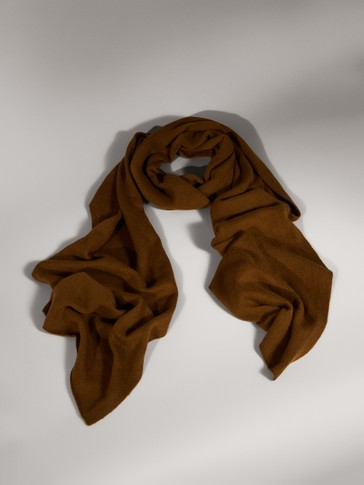 LIMITED EDITION WOOL SCARF